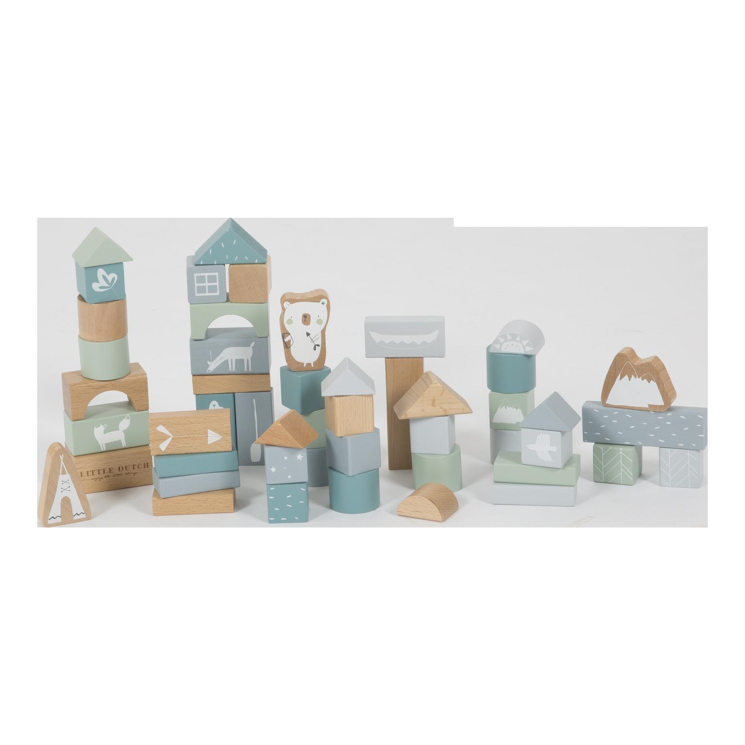 Cubes de construction en bois bleu la nounourserie for Construction cube bois